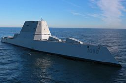En images : l'US Navy teste en mer son nouveau destroyer furtif USS Zumwalt