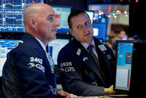 Des statistiques accueillies sans enthousiasme — Wall Street