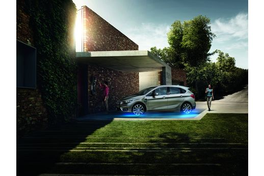 sur la voie de la r volution verte nouvelle gamme hybride selon bmw. Black Bedroom Furniture Sets. Home Design Ideas
