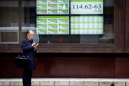 La Bourse de Tokyo reprend des couleurs