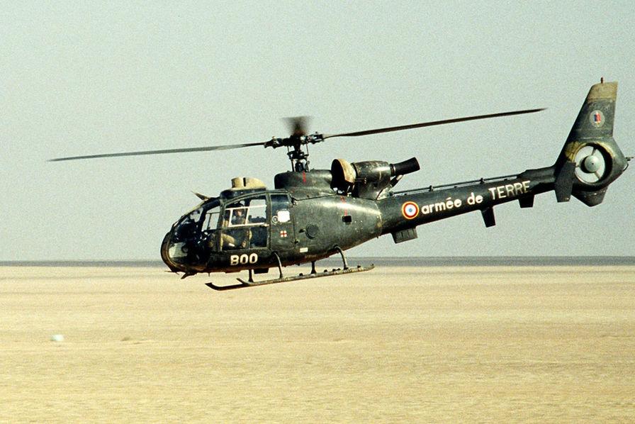 France: Cinq morts dans un crash impliquant deux hélicoptères militaires