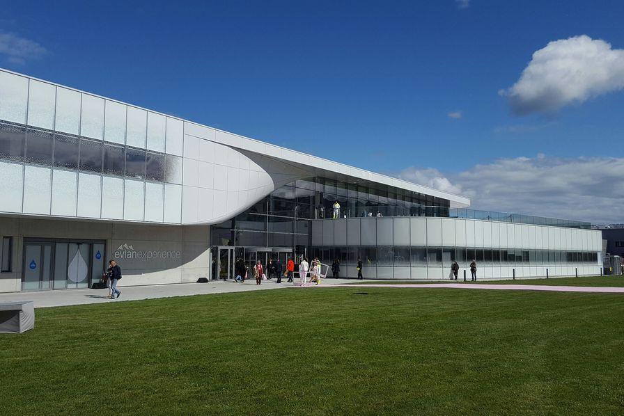 Danone injecte 280 millions d euros en r inventant l usine - Office de tourisme d evian les bains ...