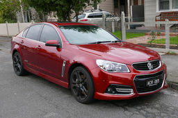 Holden Commodore VF rouge