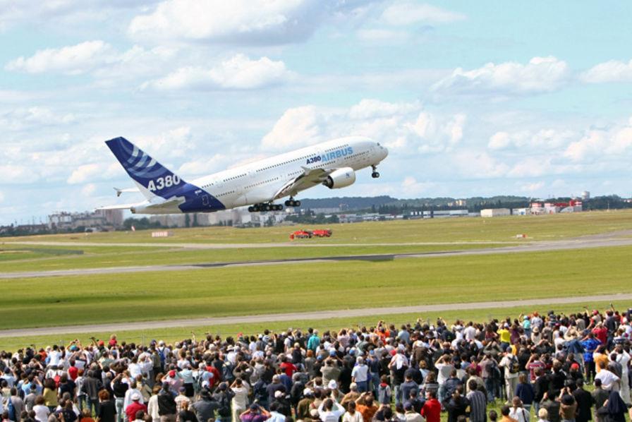 Le Salon Aéronautique Et Spatial Du Bourget Mode D Emploi Aerobuzz