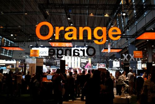 Orange cède 383 millions de livres d'actions BT