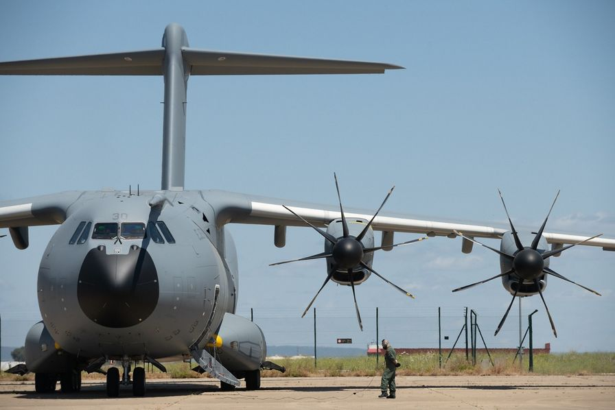 L'A400M, l'avion militaire couteau suisse d'Airbus, enregistre sa centième livraison 000964309_896x598_c