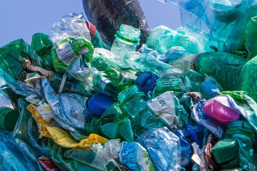 D chets plastiques la france enfouit plus qu 39 elle ne recycle l 39 usine mati res premi res - Cabinet de conseil en energie ...