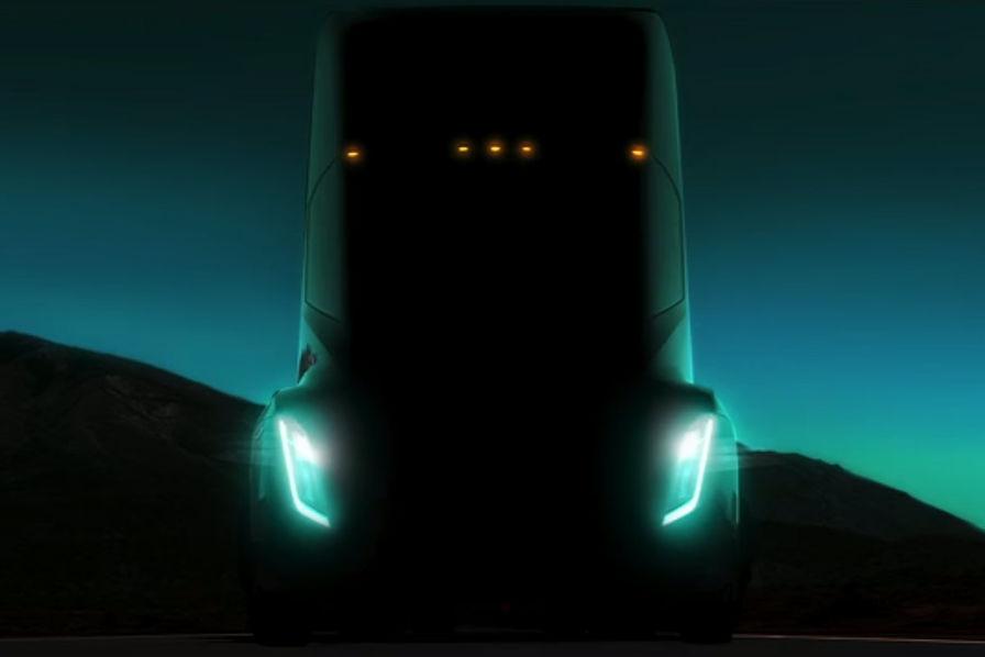 """Résultat de recherche d'images pour """"Elon Musk dévoile un teaser à la Carpenter de son futur camion électrique"""""""