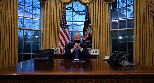 [Joe Biden investi, la fusée de Virgin Orbit dans l'espace, taxis volants à Paris... Les cinq images de la semaine] - Usine Nouvelle
