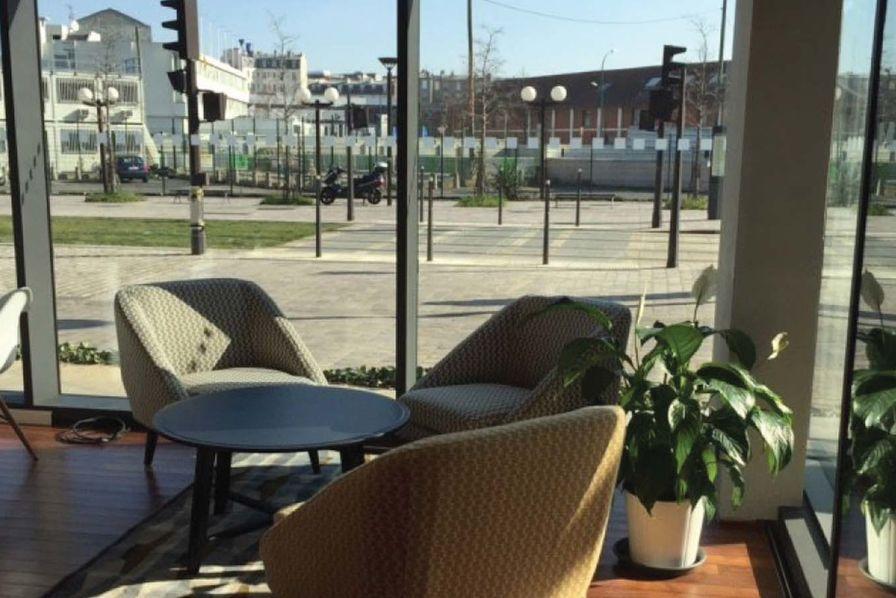 un nouveau s pace de travail au calme pour les tudiants parisiens l 39 usine campus. Black Bedroom Furniture Sets. Home Design Ideas