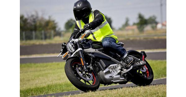 En images : le mythe Harley-Davidson devient électrique