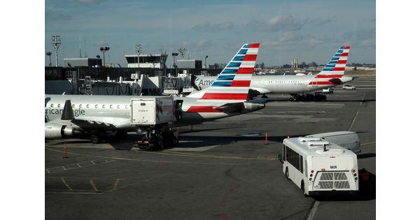 Les USA relèvent les taxes douanières sur les avions européens de 10% à 15% - Infos Reuters