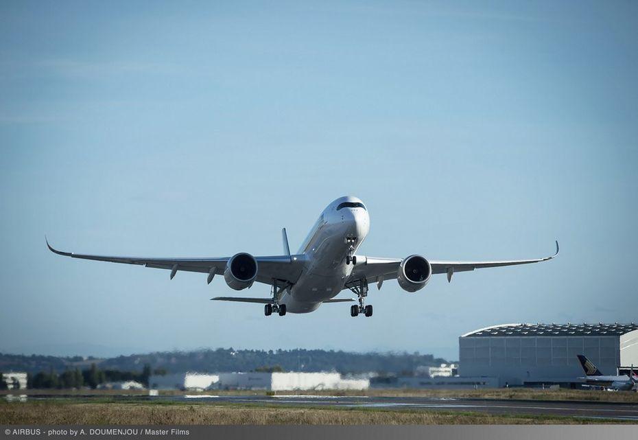 Modèle A350-900 ULR au départ pour Singapour