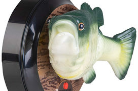 [L'industrie c'est fou] L'assistant vocal d'Amazon réincarné dans un poisson ultra-kitsch