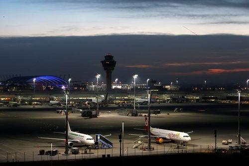 Des grèves dans les aéroports allemands mardi