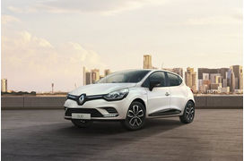 Clio, Peugeot 208 ou 3008, Citroën C3... Le top 10 des voitures les plus vendues en France en 2018