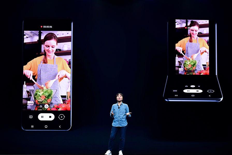 Samsung travaille sur un nouveau concept de smartphone pliable (dans l'autre sens)