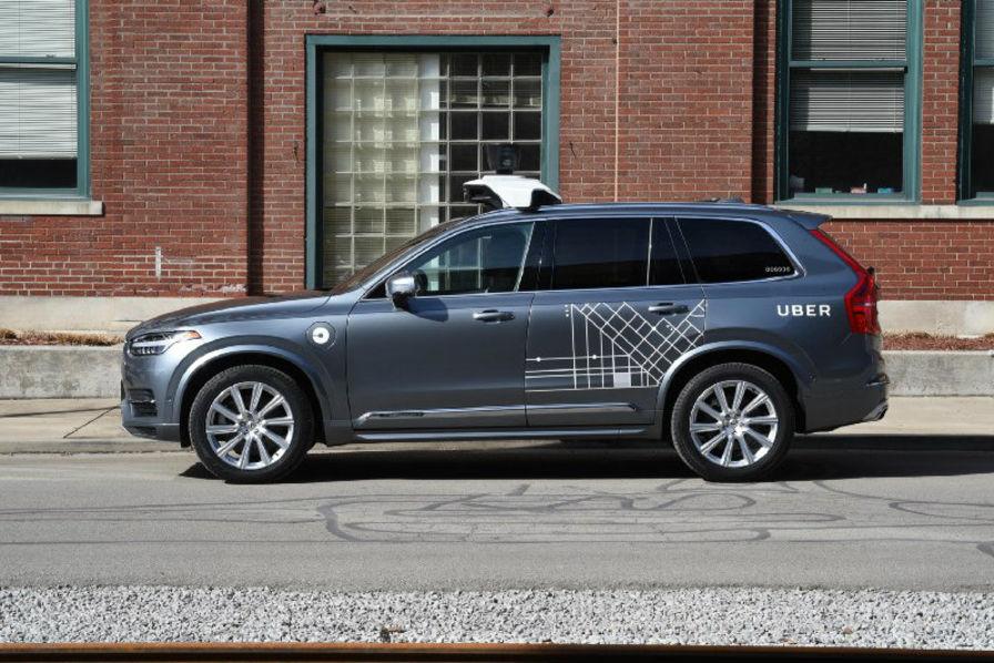 http://usinenouvelle.com/mediatheque/9/6/1/000677169_image_896x598/uber-vehicule-autonome.jpg