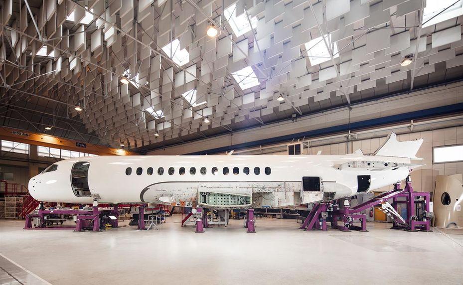 En images] Dassault Aviation poursuit l'assemblage du Falcon