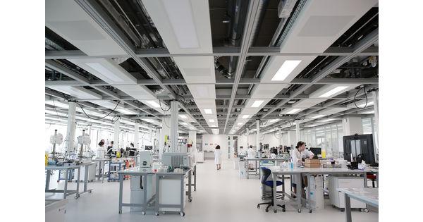 """L'Oréal inaugure un """"flex lab"""" sur son campus de Chevilly-Larue - L'Usine Santé - L'Usine Nouvelle"""