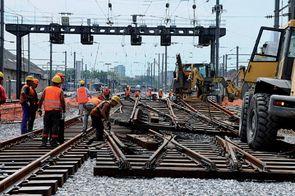 D'ici à 2017, 1 500aiguillages vont être renouvelés sur le réseau ferroviaire.