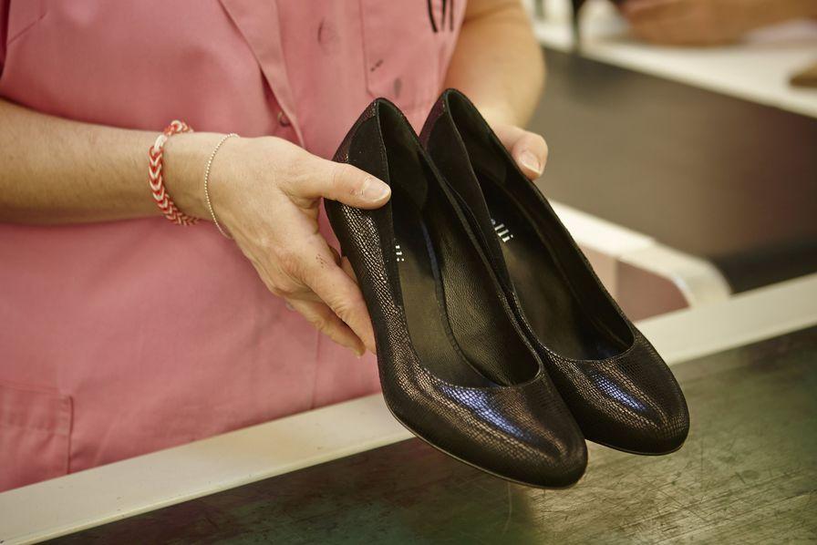 Chaussure De La Devient Compagnie Vosgienne Allemande wTXiOPkulZ