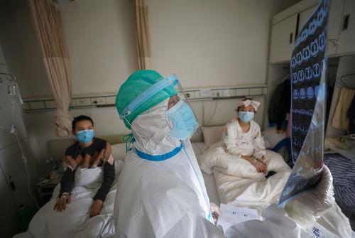 COVID-19 : la Chine annonce 71 décès supplémentaires