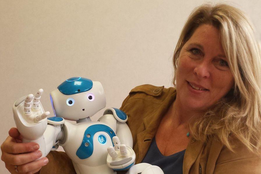 Les chatbots et robots émotionnels sont-ils nos futurs compagnons?