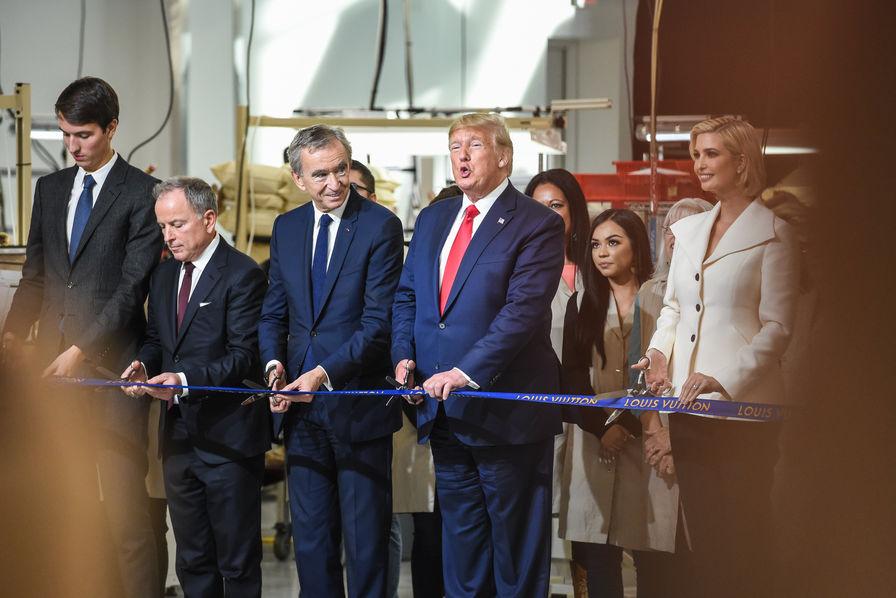 La petite pique de Donald Trump envers Emmanuel Macron — Chômage